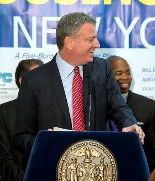 Illegal New Yorkers Get ID Cards