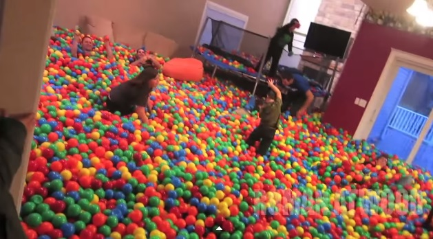 Man Pranks Wife With a House Turned Into a Ball Pit